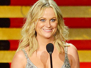 She Didn't Host – But Amy Poehler Was Still Awesome and Hilarious