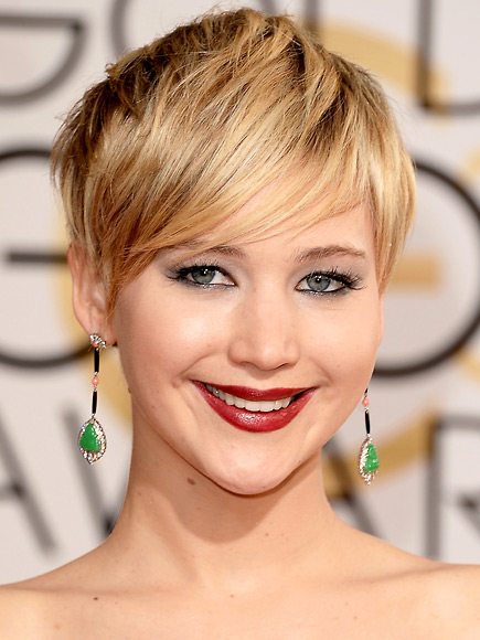 BEST DARK LIPSTICK photo | Jennifer Lawrence