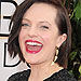 Elisabeth Moss Flips the Bird on Golden Globes Red Carpet