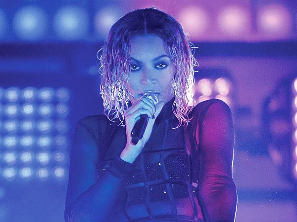 Beyonce hair Grammys