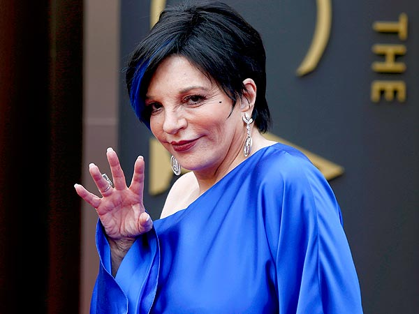 Liza Minnelli blue hair Oscars