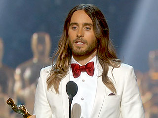 Jared Leto Pays Emotional Tribute to His Mom While Accepting Oscar
