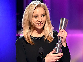 Lisa Kudrow Wins TV Performance of the Year for The Comeback at PMAs | Lisa Kudrow