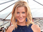 Anna Gunn's SAG Awards Clutch Pays Homage to Breaking Bad | Anna Gunn