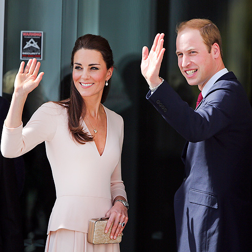 WARM WELCOME photo | Kate Middleton, Prince William