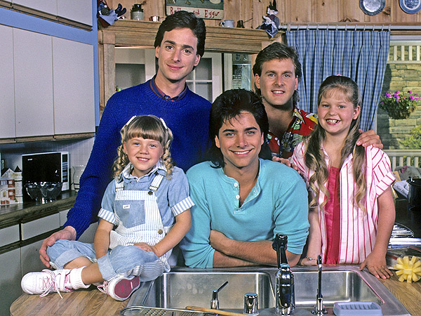 See These 10 Classic Sitcom Vacation Episodes