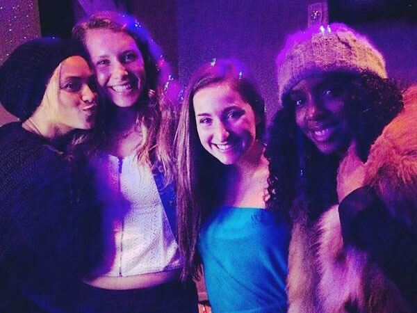 So That Happened: Beyonce and Kelly Rowland Crash Lucky Fans' Karaoke Party