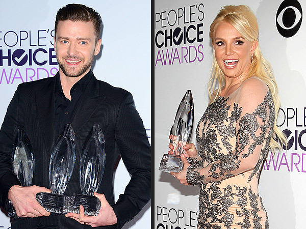 What Happens When You Run Into Your Ex at the People's Choice Awards| Britney Spears, Justin Timberlake, Nina Dobrev, RolesClass