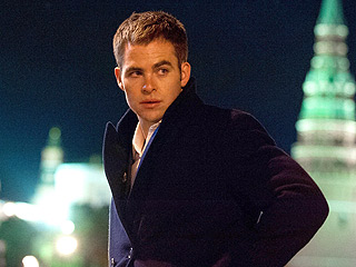 Is Chris Pine a Worthy Jack Ryan in Shadow Recruit? PEOPLE's Review