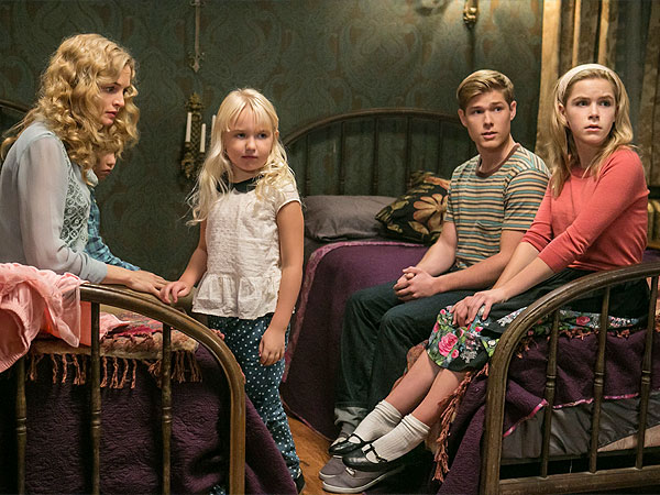 REVIEW: Lifetime's Flowers In the Attic Is Crazy Good | Lifetime, Flowers in the Attic, V.C. Andrews