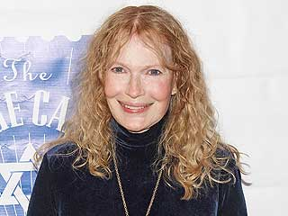 What Mia Farrow Liked, Loved and Refused to Watch at the Globes