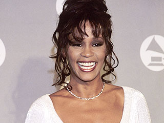 Why the Upcoming Whitney Houston Auction Will Be a 'Moving Time' for the Family: 'There Will Be Tears,' Says Auctioneer | Grammy Awards, Whitney Houston