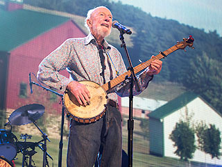 R.I.P. Pete Seeger: The Surprising Twitter Wisdom He Left Behind | Pete Seeger
