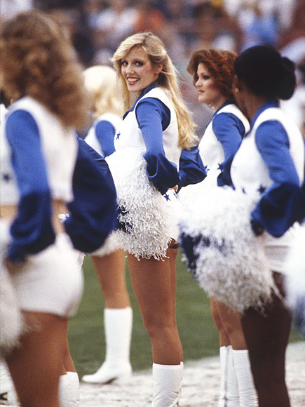 Throwback Thursday: Enjoy These Vintage Photos of Super Bowl Cheerleaders | Super Bowl
