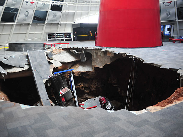 Sinkhole in National Corvette Museum Swallows 8 Cars