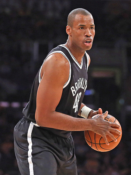 Stars and Sports Figures Tweet Support for Gay NBA Player Jason Collins