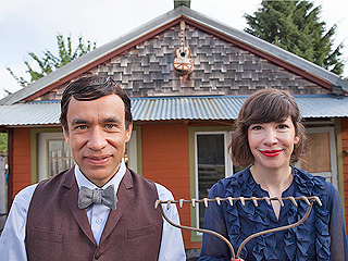 9 Essential Portlandia Sketches To Watch Before the Show Returns | Portlandia, Carrie Brownstein, Fred Armisen