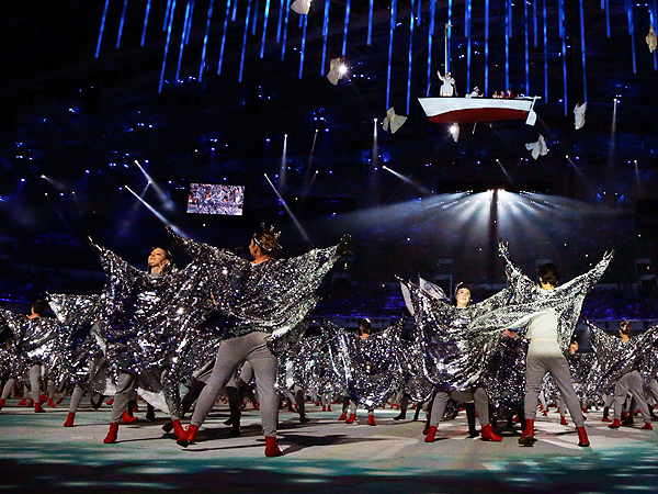 Sochi Closing Ceremony References Opening Ceremony 'Ring Fail'| Winter Olympics 2014