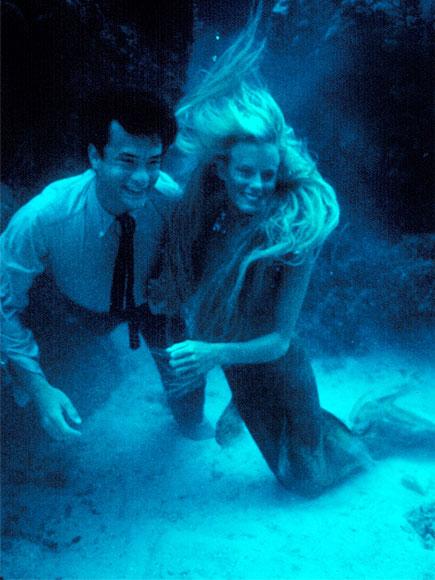 Daryl Hannah Splash Mermaid Tail Tom Hanks and Daryl Hannah in