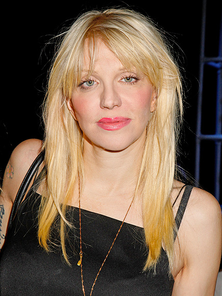 Courtney Love Searches for Missing Malaysia Airlines Flight 370 Plane | Courtney Love