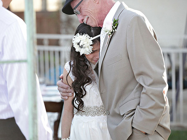Dying Father Walks 11-Year-Old Daughter Down the Aisle Since He Won't Be There for Real Wedding| Around the Web, Real People Stories