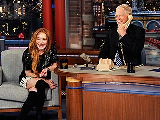VIDEO: Lindsay Lohan and Letterman Call Oprah on Late Night | Lindsay Lohan