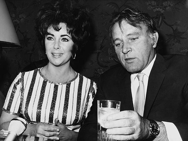 elizabeth taylor 600x450 In Honor of Ex Spouse Day, the 6 Types of Celebrity Breakups