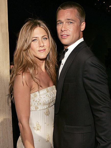 jennifer aniston 435x580 In Honor of Ex Spouse Day, the 6 Types of Celebrity Breakups