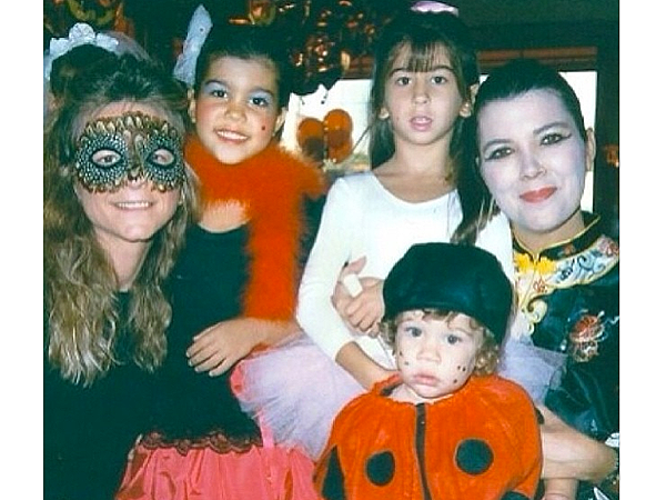 Kourtney Kardashian Birthday: See Kourtney's Best #TBT Instagram Pic