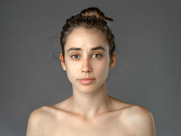 Esther Honig: Woman Explores Beauty Standards Through Photoshop