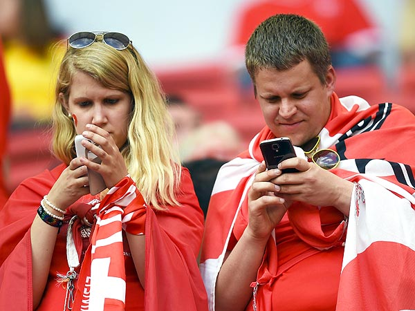 World Cup 2014: Tinder and Grindr Are Helping Everyone Hook Up