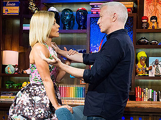 Kelly Ripa Flusters Anderson Cooper with a Very Personal Question