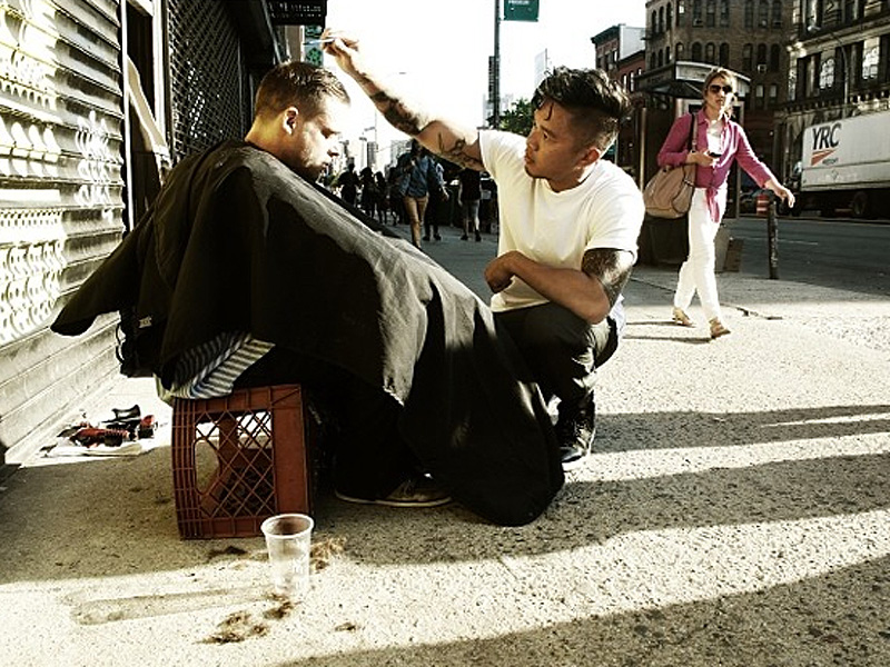 Meet the Hairstylist Who Spends His Day Off Giving Haircuts to the Homeless