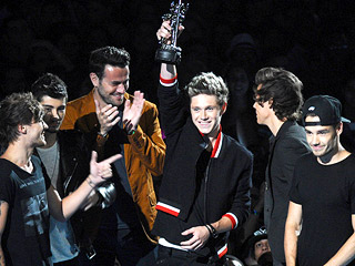Bring on the Screams: 5 Unforgettable VMA Boy Band Moments