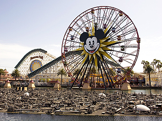 Stalled Disneyland Ride Strands Passengers for 2 Hours