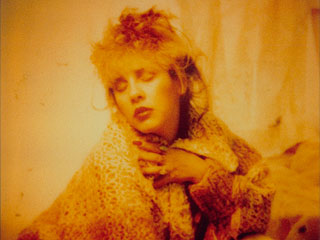 6 Ahead-of-Their-Time Stevie Nicks Selfies