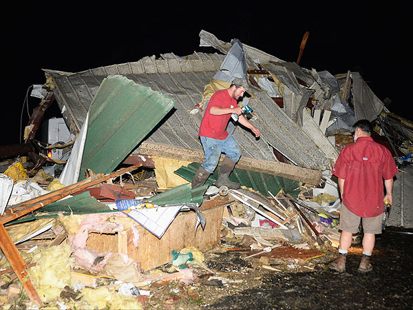 Tornadoes Kill At Least 16 in Arkansas, Oklahoma, Iowa