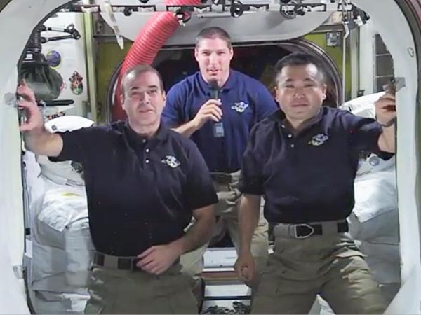 NASA Astronauts Congratulate Gravity on Its Oscar Wins | N