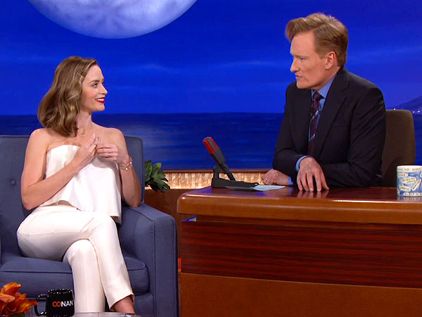 Emily Blunt Almost Killed Tom Cruise While Filming Edge of Tomorrow | Conan O'Brien, Emily Blunt