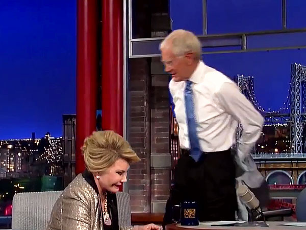 David Letterman Jokingly Walks Out on Interview with Joan Rivers (VIDEO) | David Letterman, Joa