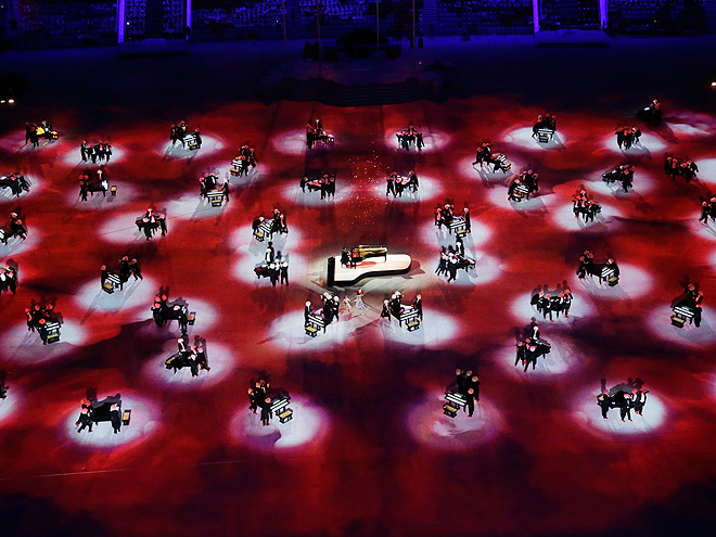 Circus performers, 62 pianists and some serious Team USA spirit