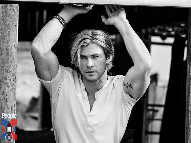 10 Hot Shots of Chris Hemsworth