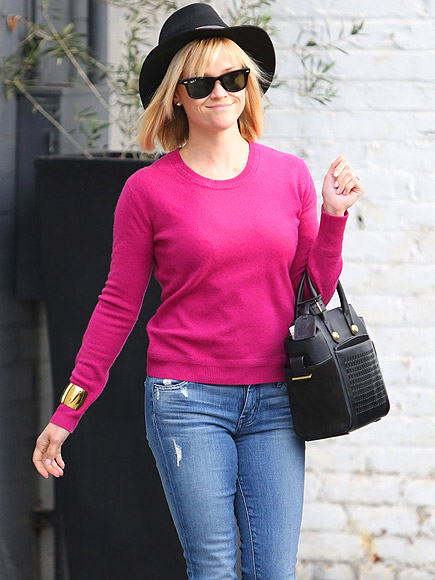 SWEATER WEATHER photo | Reese Witherspoon