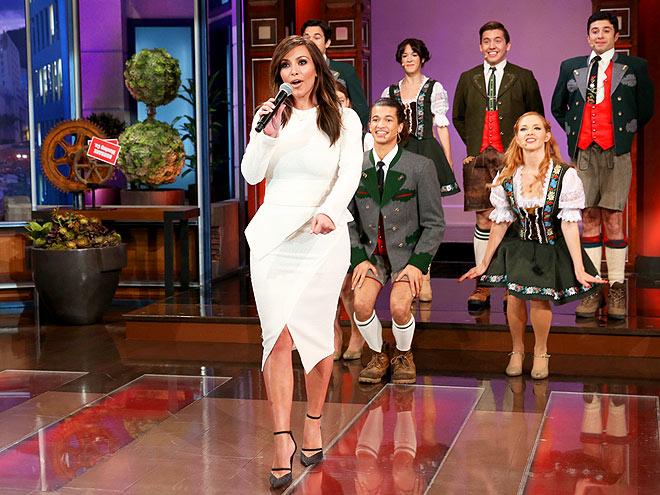 FAREWELL SONG photo | Kim Kardashian