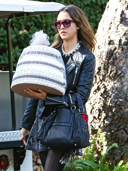 GOODIE BAG photo | Jessica Alba