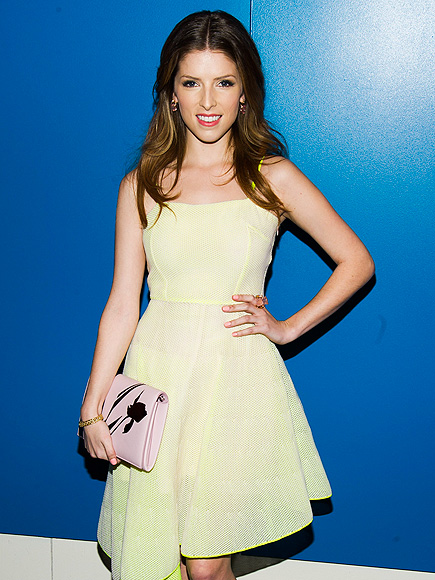YELLOW THERE! photo | Anna Kendrick