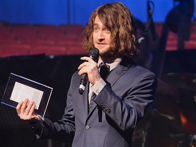 HAIR'S LOOKING AT YOU! photo   Daniel Radcliffe