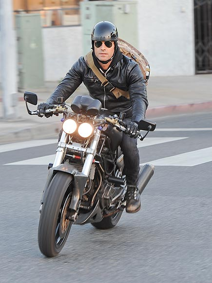 SMOOTH MOVE photo   Justin Theroux