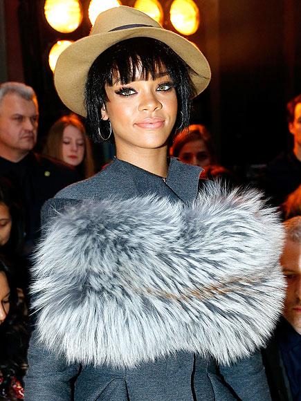 HAUTE COAT-URE photo   Rihanna