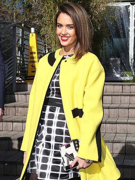 MELLOW YELLOW photo | Jessica Alba